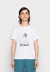 Marc O'Polo - Print T-shirt - multi - 0