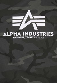 Alpha Industries - BASIC CAMO - Print T-shirt - black - 2