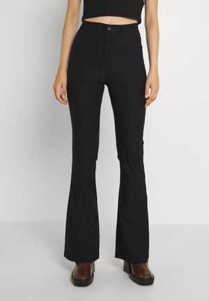 VMAUGUSTA FLARE SOLID PANT - Tygbyxor - black