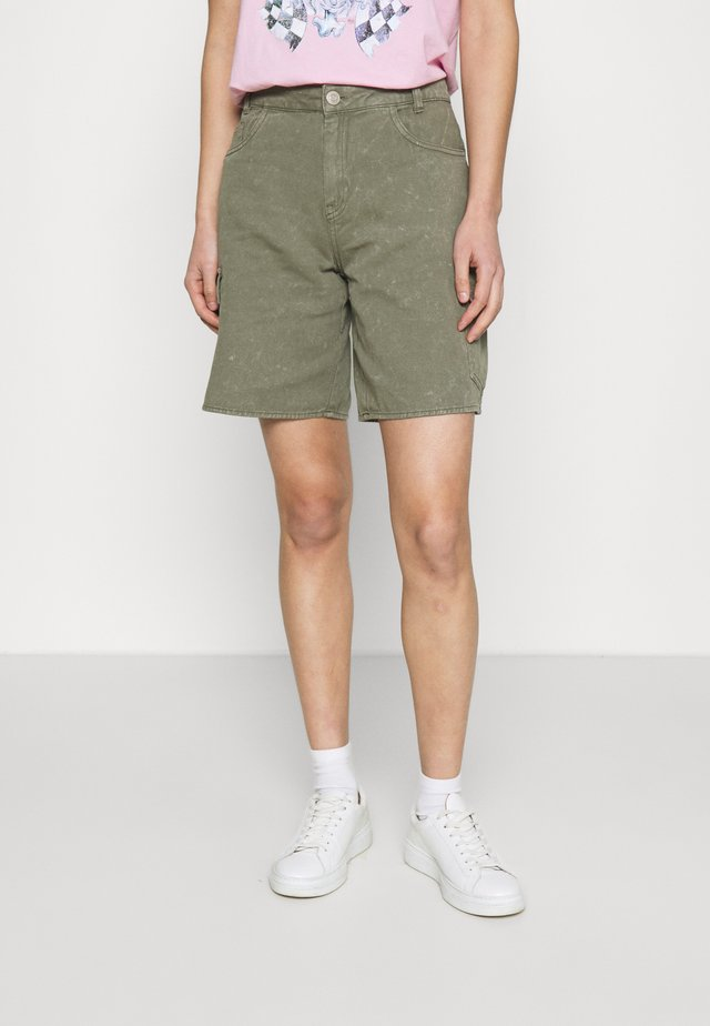 NMLUCKY LONGBOARDER - Denim shorts - kalamata