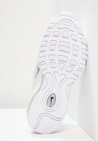 Nike Sportswear - Nike Air Max 97 Schuh für ältere Kinder - Trainers - white/wolf grey/black - 5