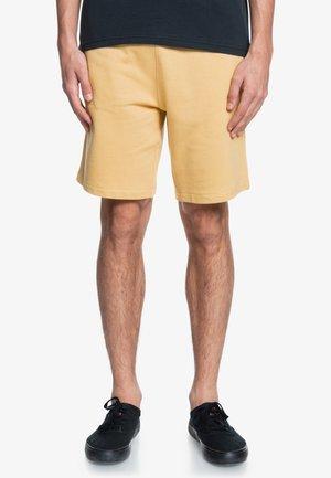ESSENTIALS  - Shorts - rattan