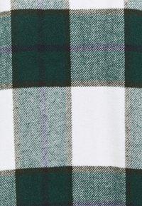 Noisy May - NMFLANNY LONG SHACKET - Lett jakke - pondarosa pine - 2