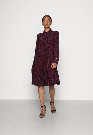 KNEE DRESS BRACELET - Shirt dress - regatta red
