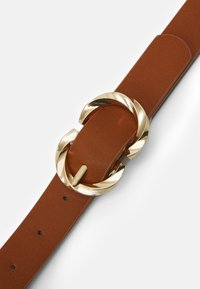 Pieces - PCTWISTY BELT - Belte - cognac/gold-coloured - 2