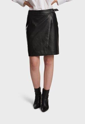 SILVIA - Leather skirt - black