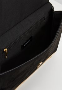 New Look - ARABELLA DETAIL  - Clutch - black - 4
