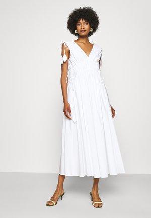 SLEEVELESS SMOCKED DRESS - Day dress - white