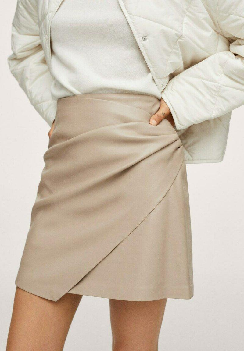 Mango - LEEREFFECT - Wrap skirt - licht/pastelgrijs