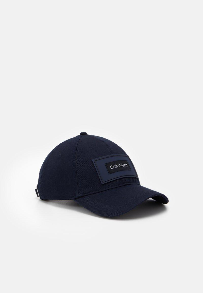 Calvin Klein - MULTI PATCH  - Cap - black