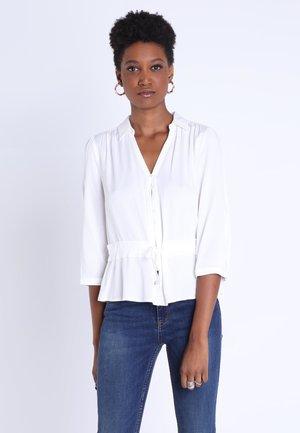 MIT GÜRTEL - Button-down blouse - white