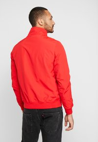 Tommy Jeans - ESSENTIAL JACKET - Summer jacket - racing red - 2