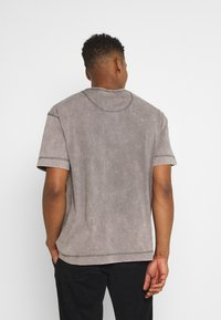 Good For Nothing - GOOD FOR NOTHING ACID  - T-shirt print - grey - 2