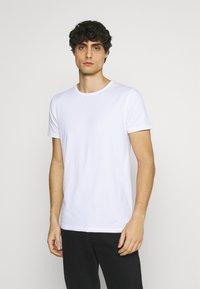 Superdry - LAUNDRY TEE TRIPLE 3 PACK - T-shirt basic - black/optic/laundry grey marl - 3
