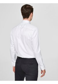 Selected Homme - PELLE - Camicia elegante - white - 1