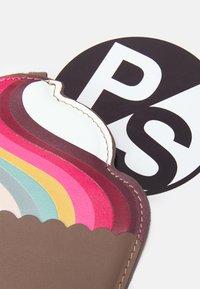 Paul Smith - WOMEN PURSE CUPCAKE - Portefeuille - brown/multi-coloured - 4