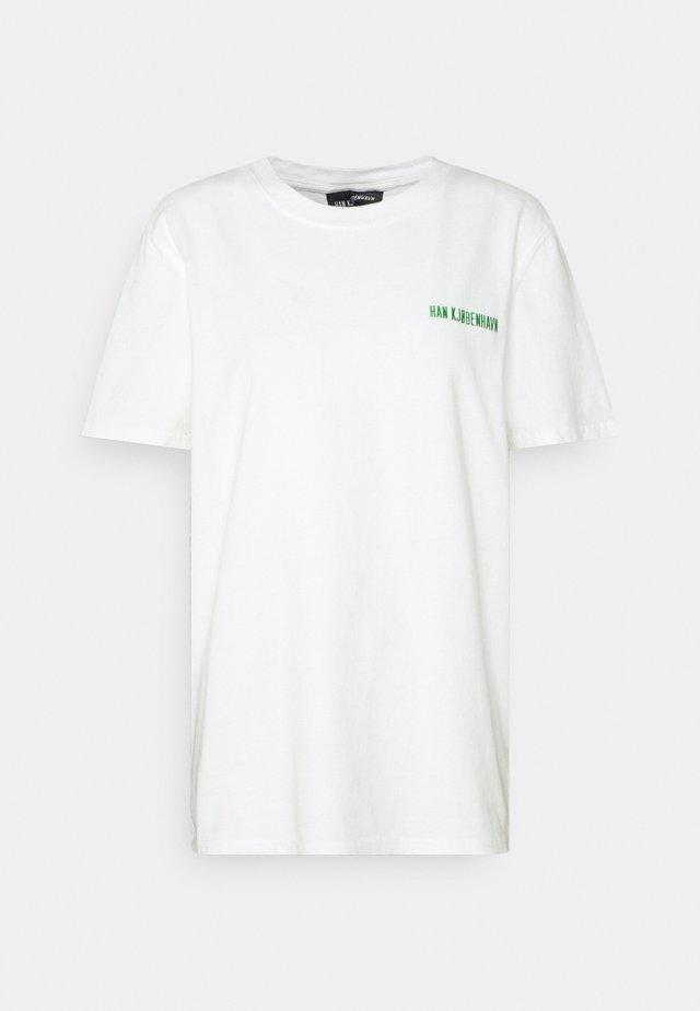 CASUAL TEE - Camiseta estampada - offwhite