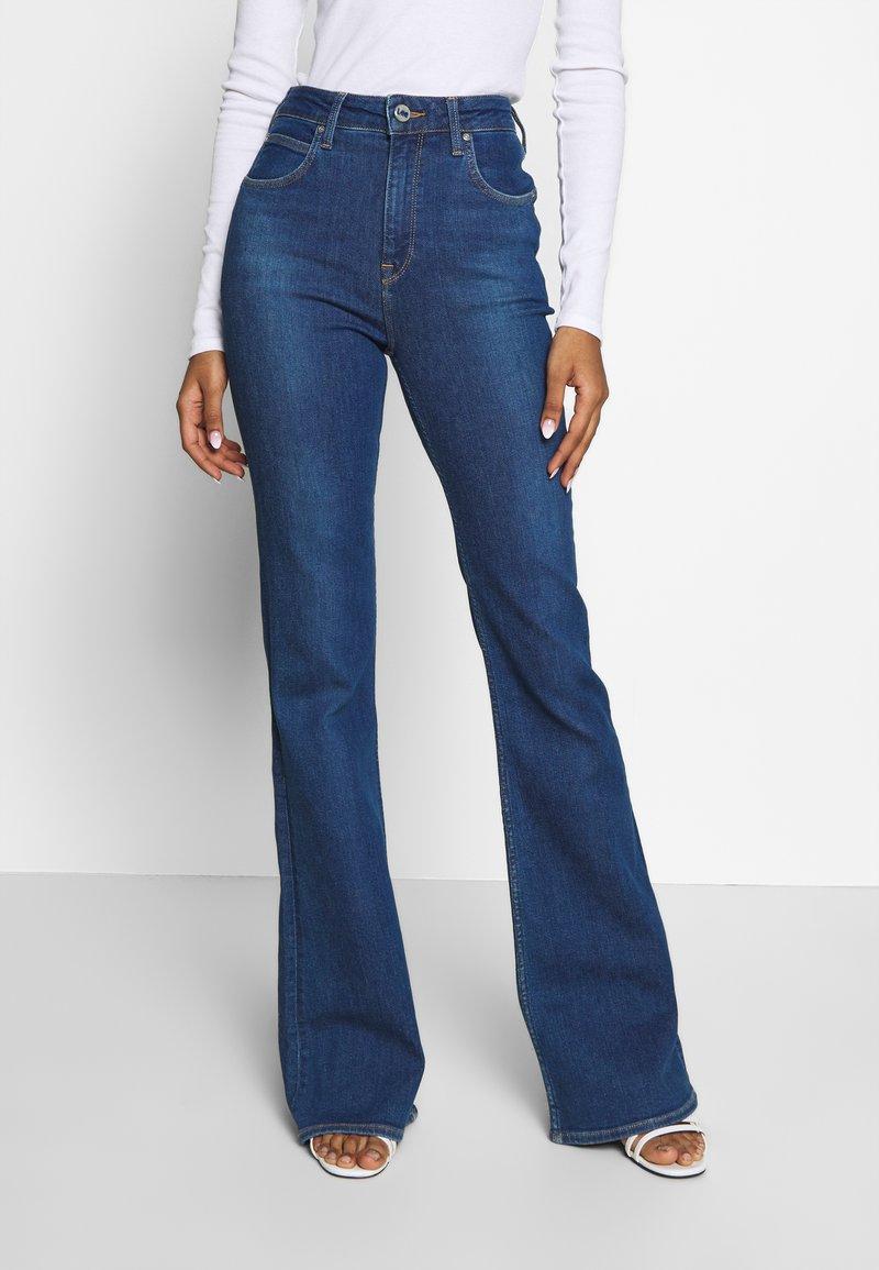 Lee - SUPER HIGH FLARE OPTIX - Jeans a zampa - jackson worn