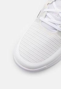 adidas Performance - CRAZYFLIGHT - Lentopallokengät - footwear white/core black/grey two - 5