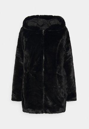 ONLMALOU COAT - Winter coat - black