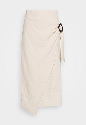 NAVINA SKIRT - Pouzdrová sukně - beige/weiß/creme