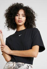 Nike Sportswear - T-paita - black/white - 4