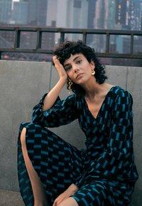 Diane von Furstenberg - MANAL DRESS - Day dress - mirrors medium dark ocean - 2