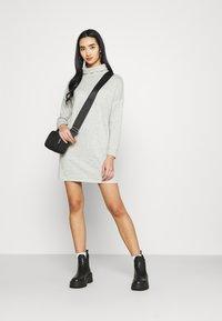 JDY - JDYSARA TONSY NECK DRESS - Jumper dress - silver birch melange - 1