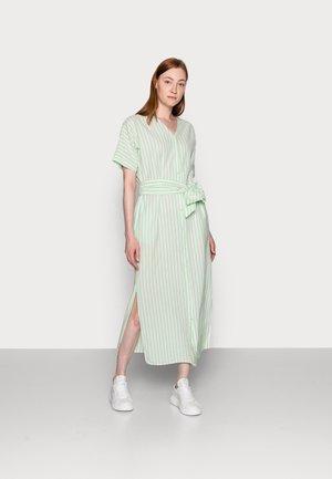 PCMELIKKA ANKLE DRESS - Skjortekjole - cloud dancer/pastel green