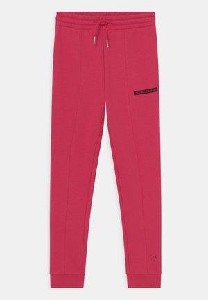 MICRO LOGO - Spodnie treningowe - raspberry smoothie