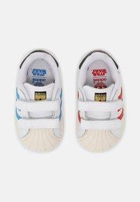 adidas Originals - SUPERSTAR UNISEX - Sneakers - white/scarlet/chalk white - 3