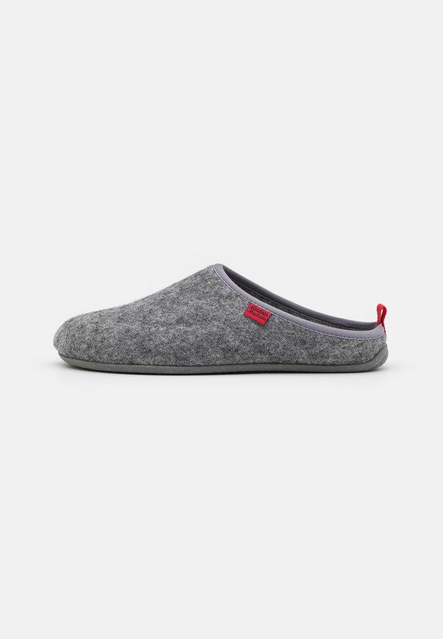 DYNAMIC UNISEX - Pantoffels - grey
