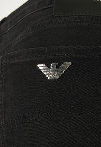 Emporio Armani - FIVE POCKETS PANT - Slim fit jeans - denim nero - 2