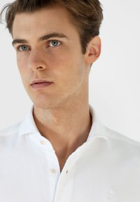 Scalpers - Shirt - white - 3