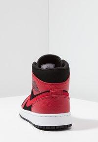 Jordan - AIR 1 MID - High-top trainers - black/white/gym red - 3