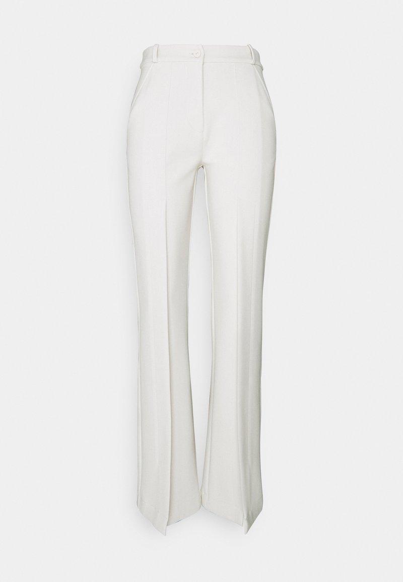 Mykke Hofmann - HAVVA - Trousers - pearl white