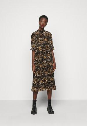 SLFELINA DRESS  - Denní šaty - black/curry/creme