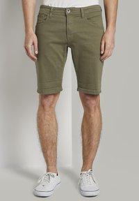 TOM TAILOR DENIM - Denim shorts - dry greyish olive - 0