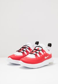 Nike Sportswear - AIR MAX AXIS - Sneakers laag - university red/white/black - 3