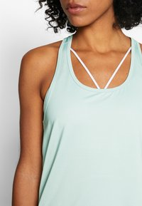 Cotton On Body - TRAINING TANK - Top - aloe washed - 4
