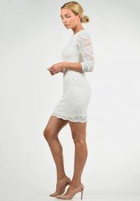 Vero Moda - EWELINA - Shift dress - white - 1