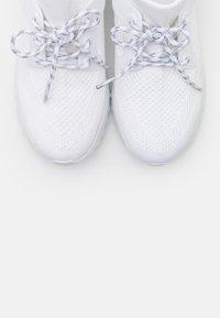 Calvin Klein Jeans - RONETTE - Trainers - white/silver - 5