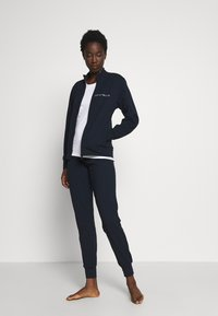Emporio Armani - JACKET AND PANTS WITH CUFFS SET - Pyjama set - blu navy - 1