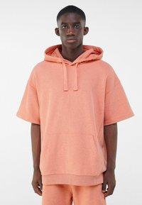 Bershka - Print T-shirt - orange - 0