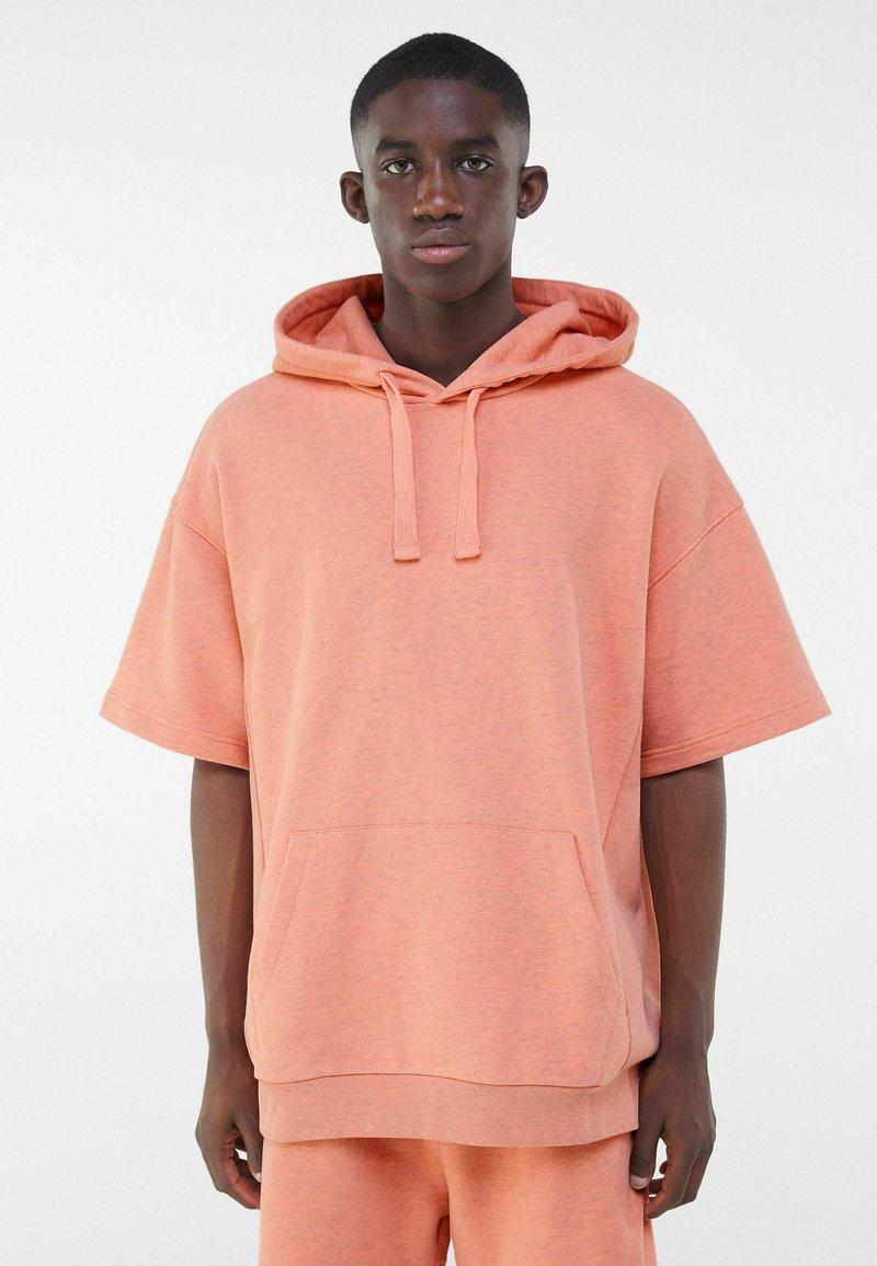 Bershka - Print T-shirt - orange