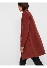Vero Moda - Classic coat - mahogany - 4
