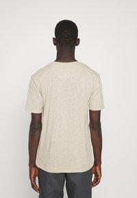 Newport Bay Sailing Club - CORE 3 PACK - T-shirt - bas - ecru/ashley blue/white - 2