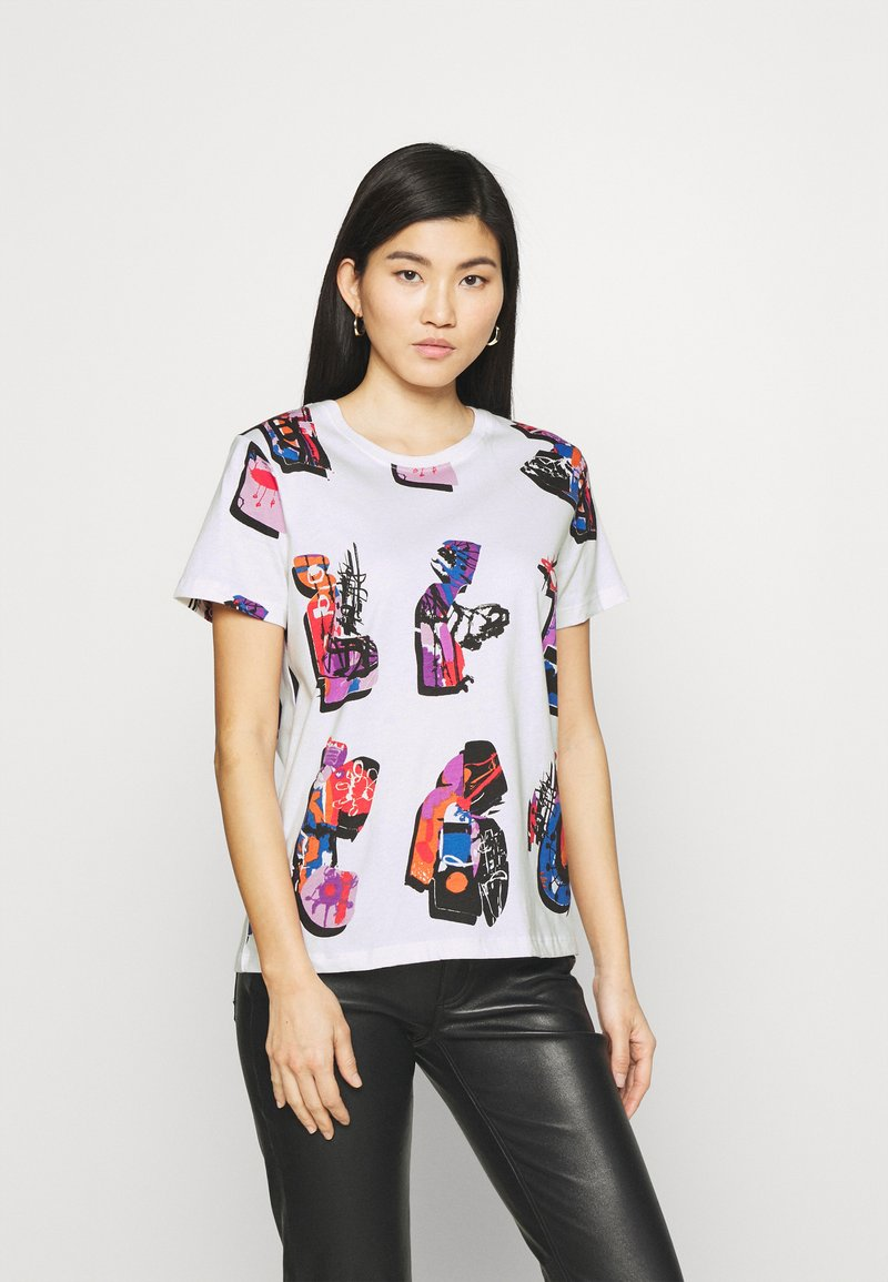 Desigual - Designed by Mr. Christian Lacroix - T-shirts med print - white