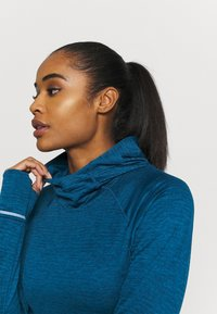 New Balance - HEAT GRID HOODIE - Hoodie - blue - 3