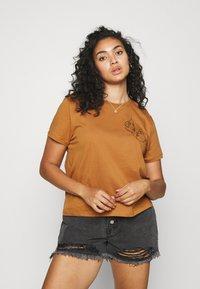 Even&Odd Curvy - Print T-shirt - brown - 0